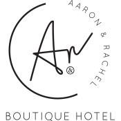 AR boutique logo-01